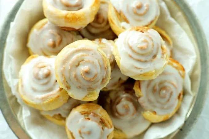 Cinnamon Swirls sweet tea party table