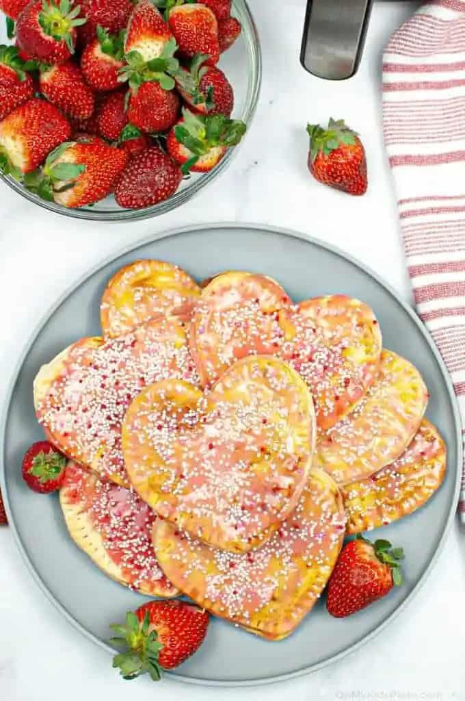strawberry pop tarts homemade
