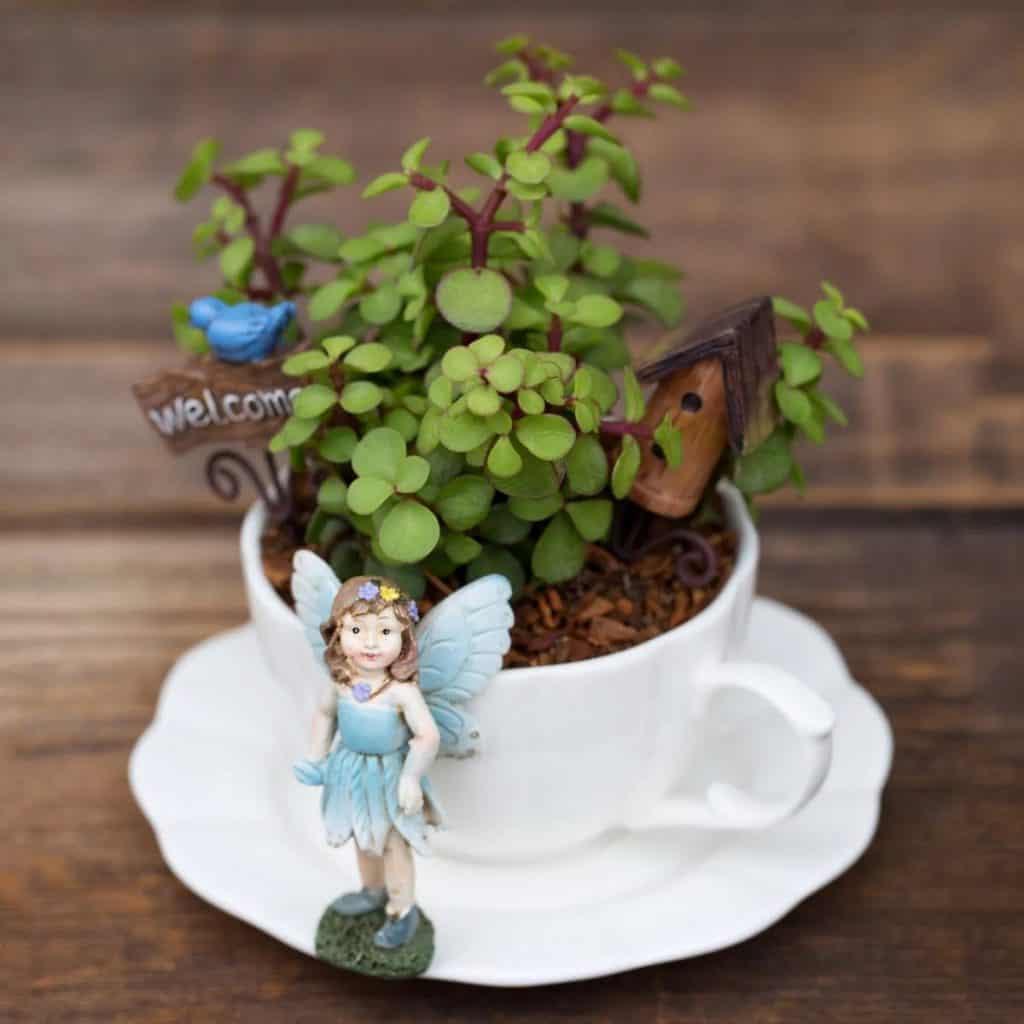 tea cup fairy garden decoration
